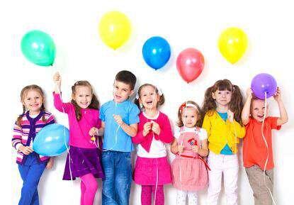 Geburtstagsdekoration mit Luftballons - Geburtstagsdekoration mit Luftballons - Dekorieren mi Ballons